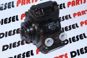 0445010015-mercedes-pompa